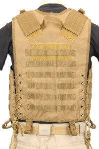 The Mission Convertible Vest in Coyote